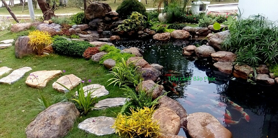 Thác nước, hồ Koi tại Ecopark Hưng Yên